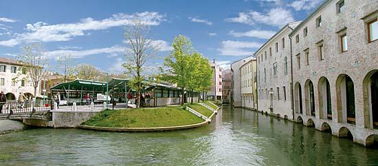 Palazzo / Stabile in vendita a Treviso, 2 locali, zona Località: Centrostorico, Trattative riservate | Cambio Casa.it