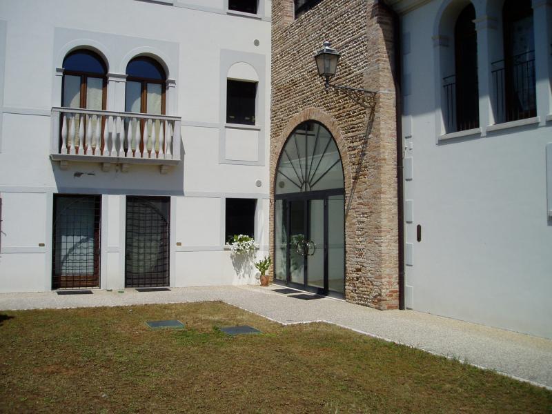 Appartamento in vendita a Paese, 4 locali, zona Zona: Castagnole, prezzo € 220.000 | Cambio Casa.it