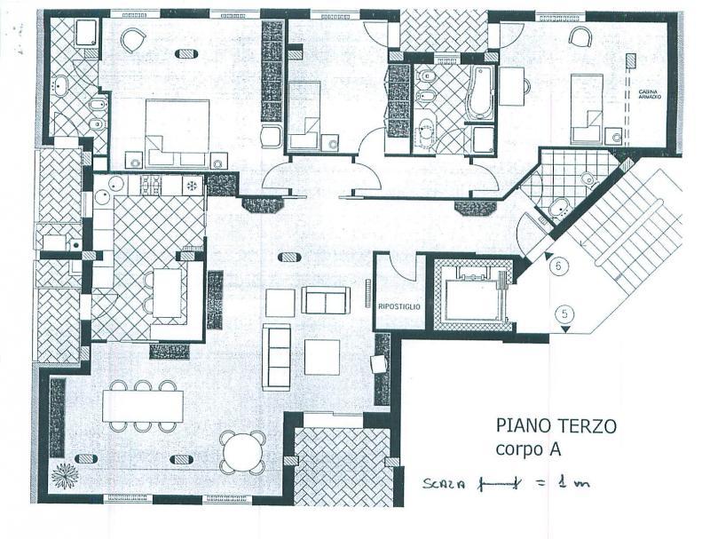 Appartamento in affitto a Treviso, 5 locali, zona Località: Intornomura, prezzo € 2.100 | Cambio Casa.it