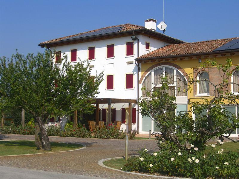 Villa in vendita a San Biagio di Callalta, 20 locali, zona Località: Olmi, prezzo € 1.200.000 | Cambio Casa.it