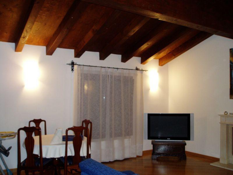Attico / Mansarda in affitto a Treviso, 3 locali, zona Località: Selvana, prezzo € 800 | CambioCasa.it