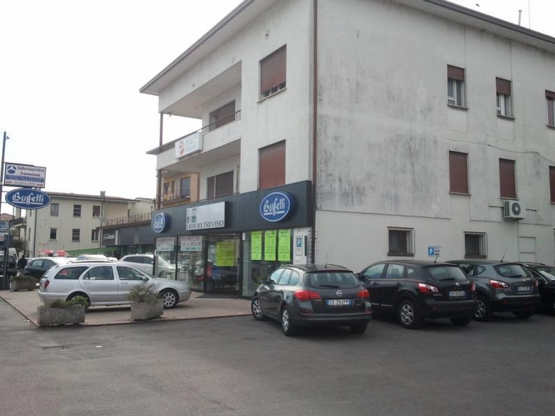 Negozio / Locale in affitto a Treviso, 9999 locali, zona Località: VialedellaRepubblica, prezzo € 6.000 | CambioCasa.it