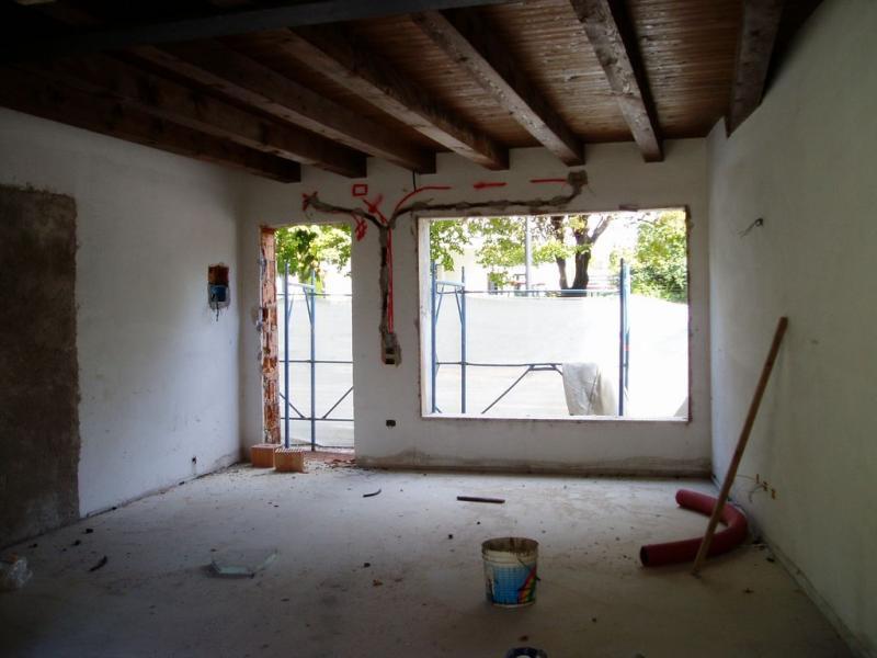 Negozio / Locale in affitto a Spresiano, 9999 locali, prezzo € 800 | Cambio Casa.it