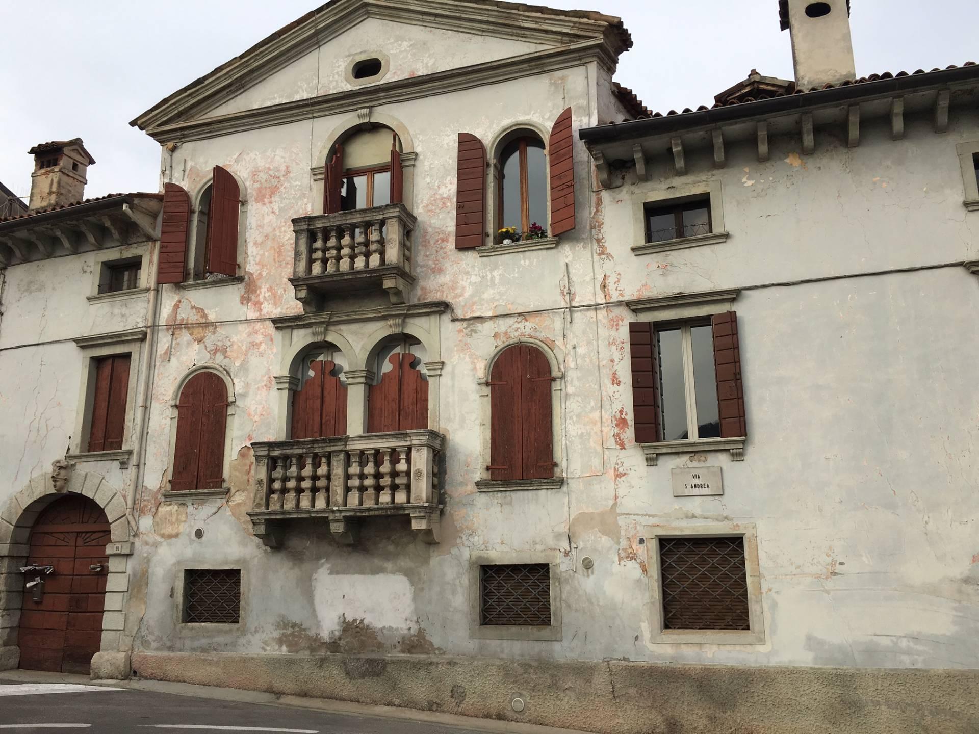 Palazzo / Stabile in vendita a Vittorio Veneto, 10 locali, prezzo € 1.100.000   CambioCasa.it