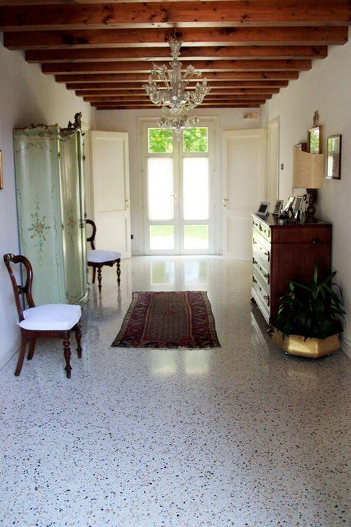 Rustico / Casale in vendita a Paese, 12 locali, zona Zona: Castagnole, prezzo € 900.000 | Cambio Casa.it