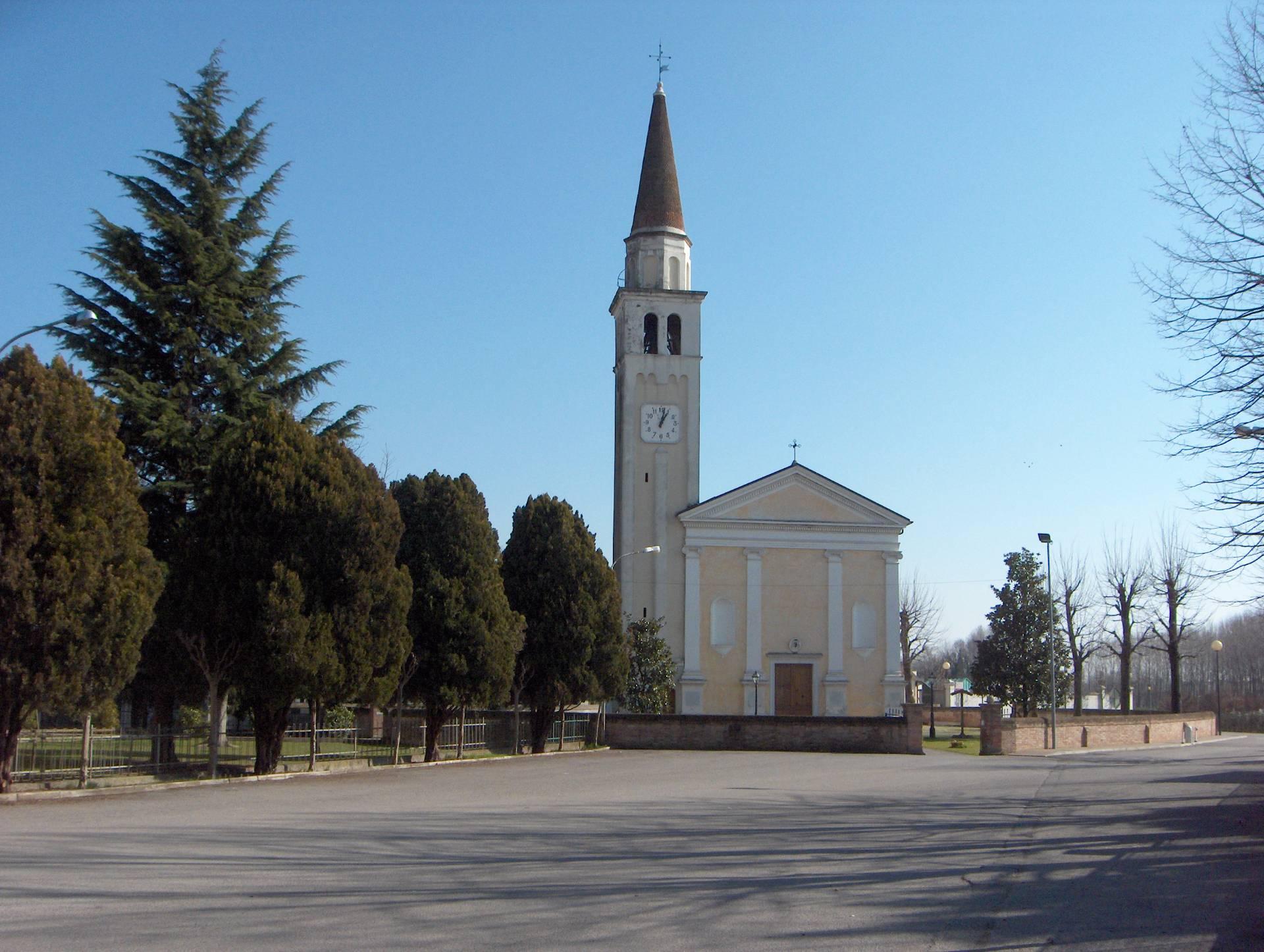 Negozio / Locale in affitto a Roncade, 9999 locali, zona Zona: Biancade, Trattative riservate | Cambio Casa.it