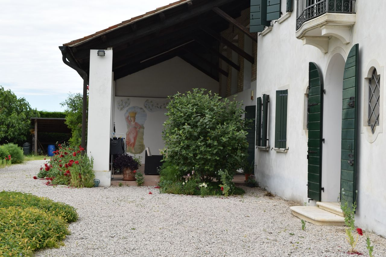 Villa in vendita a Roncade, 10 locali, Trattative riservate | Cambio Casa.it