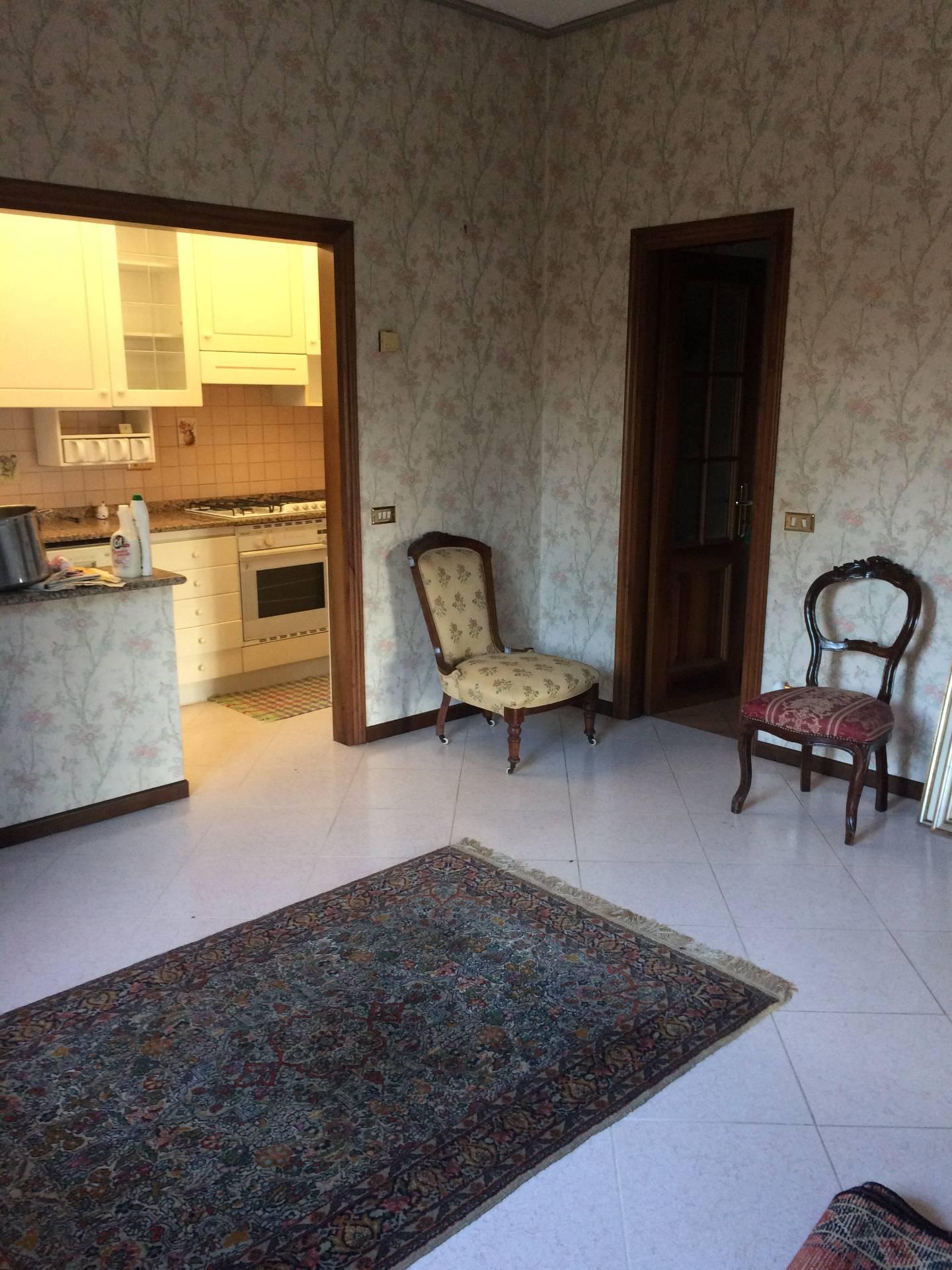 Villa in vendita a Preganziol, 10 locali, zona Zona: Frescada, prezzo € 400.000 | Cambio Casa.it