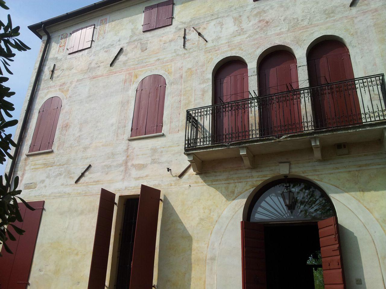Villa in vendita a Roncade, 18 locali, Trattative riservate   CambioCasa.it