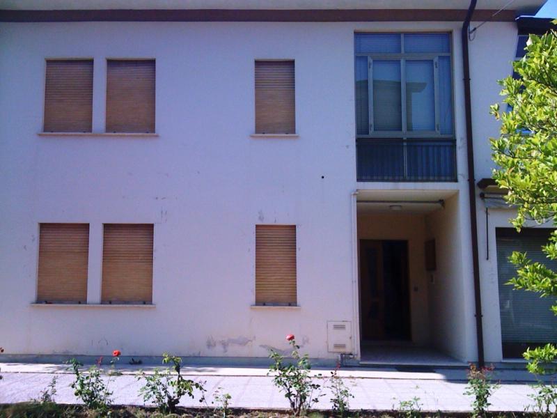 Villa in vendita a Silea, 8 locali, zona Zona: Lanzago, prezzo € 390.000 | CambioCasa.it
