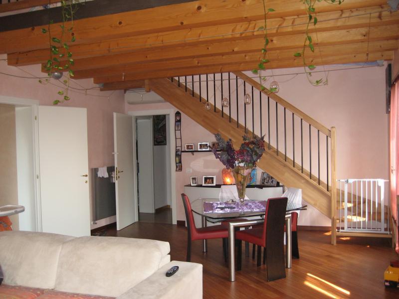 Appartamento in vendita a Paese, 5 locali, zona Zona: Castagnole, prezzo € 380.000 | CambioCasa.it