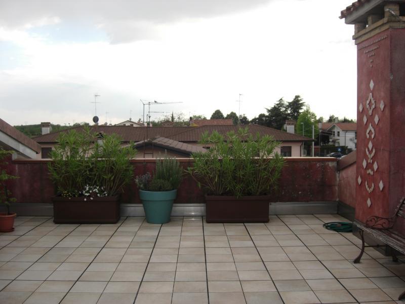Appartamento in vendita a Povegliano, 3 locali, zona Località: S.andrà, prezzo € 100.000 | CambioCasa.it