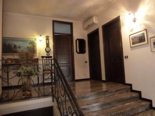 Villa in vendita a Quinto di Treviso, 9 locali, zona Località: Quinto, prezzo € 250.000 | CambioCasa.it