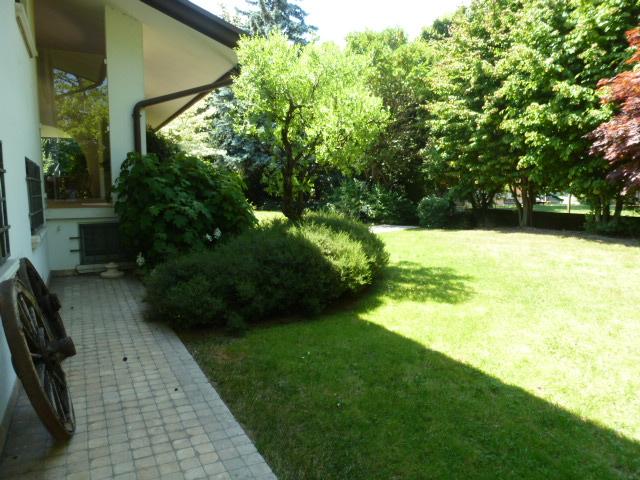 Villa in affitto a Quinto di Treviso, 9 locali, zona Località: Quinto, prezzo € 2.500 | CambioCasa.it