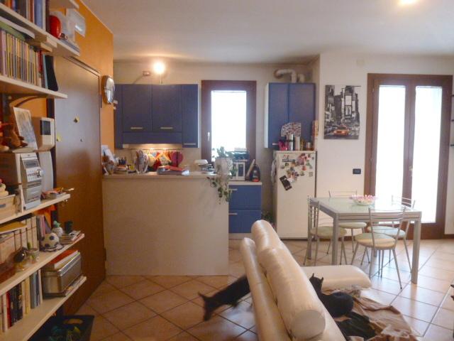 Appartamento in vendita a Breda di Piave, 3 locali, zona Zona: Vacil, prezzo € 89.000 | CambioCasa.it