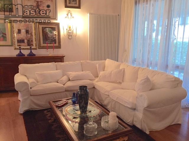 Villa in vendita a Ponzano Veneto, 10 locali, prezzo € 378.000 | CambioCasa.it