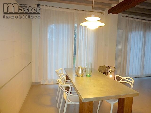 Rustico / Casale in vendita a Povegliano, 3 locali, zona Zona: Camalò, prezzo € 250.000 | CambioCasa.it