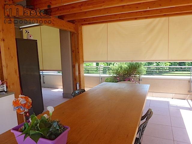 Attico / Mansarda in vendita a Treviso, 5 locali, zona Località: Stiore, prezzo € 340.000 | CambioCasa.it