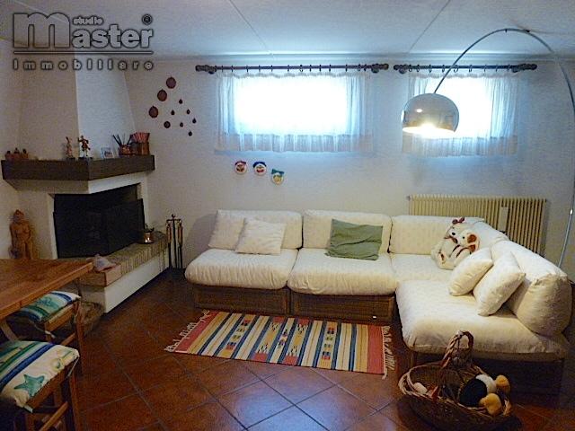 Appartamento in vendita a Silea, 6 locali, zona Località: Centro, prezzo € 180.000   CambioCasa.it