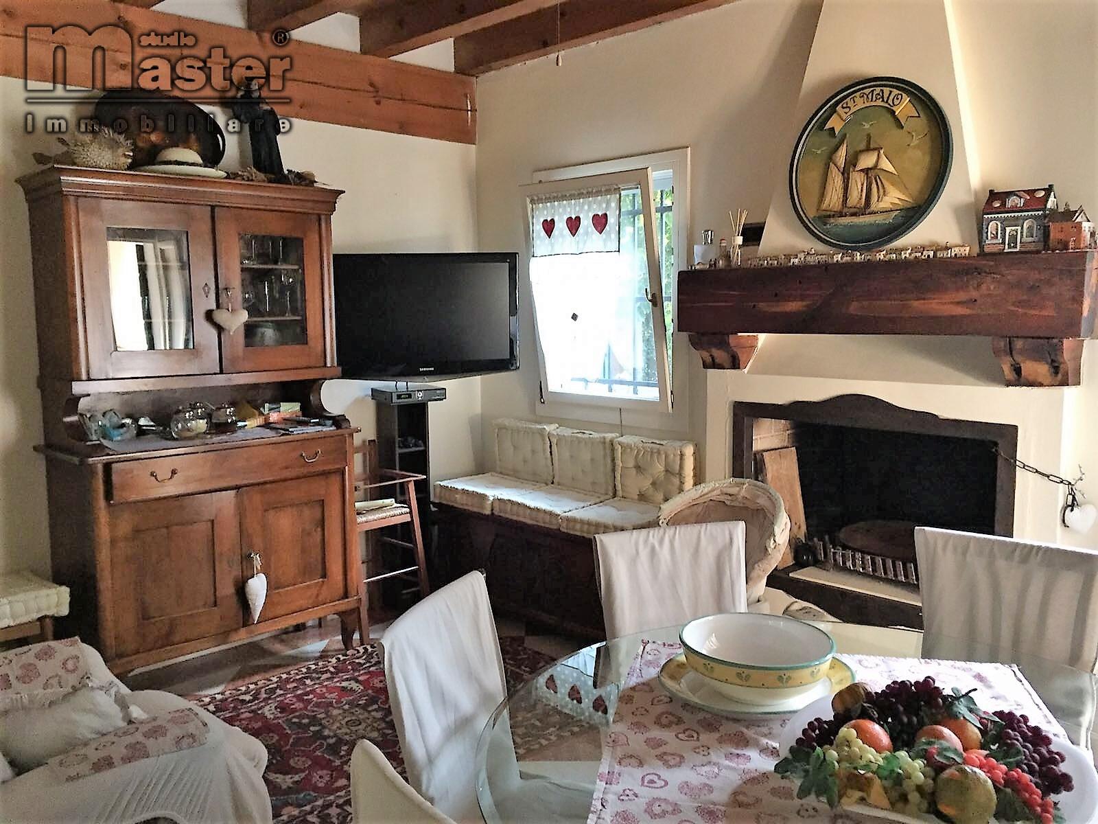 Villa in vendita a Roncade, 5 locali, zona Zona: Musestre, prezzo € 480.000 | CambioCasa.it