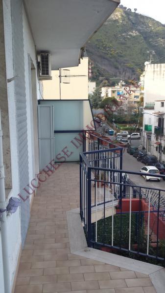 Bilocale Napoli Via Epomeo 1