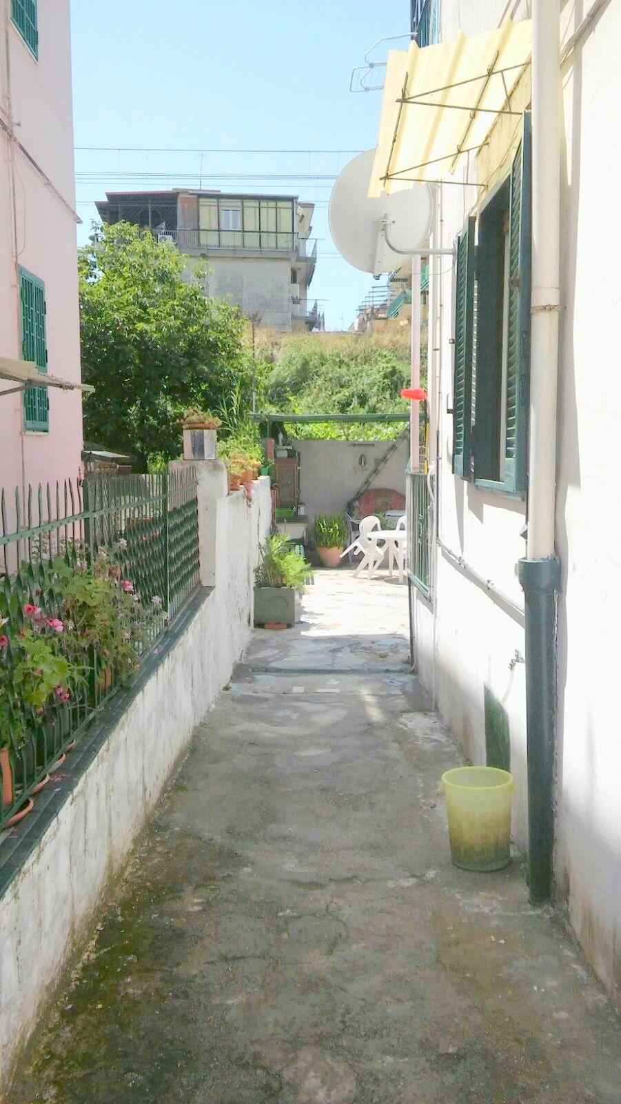 Bilocale Napoli Via Alessandro D'alessandro 4