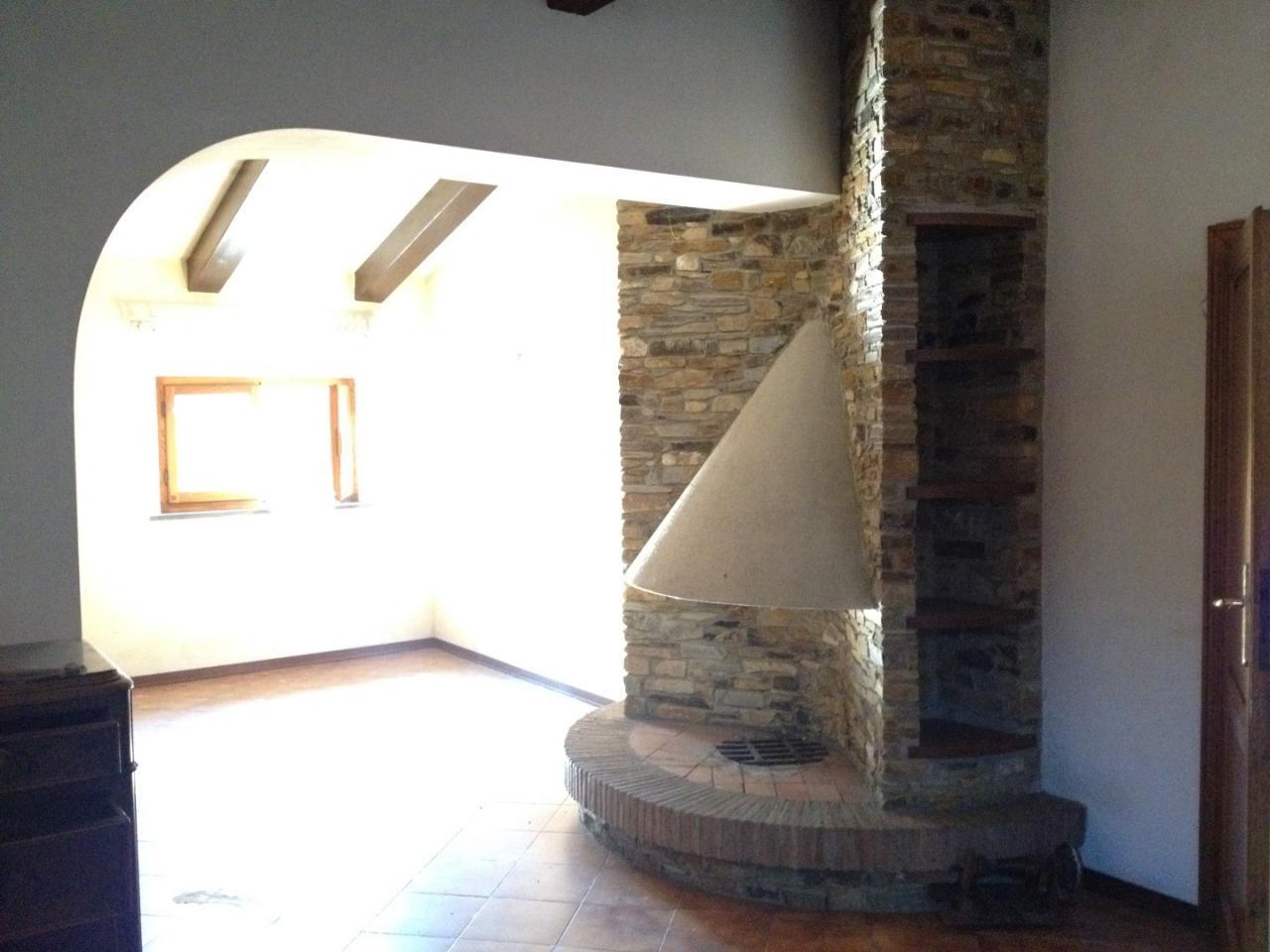 Villa in vendita a Pisa, 9 locali, prezzo € 420.000   CambioCasa.it
