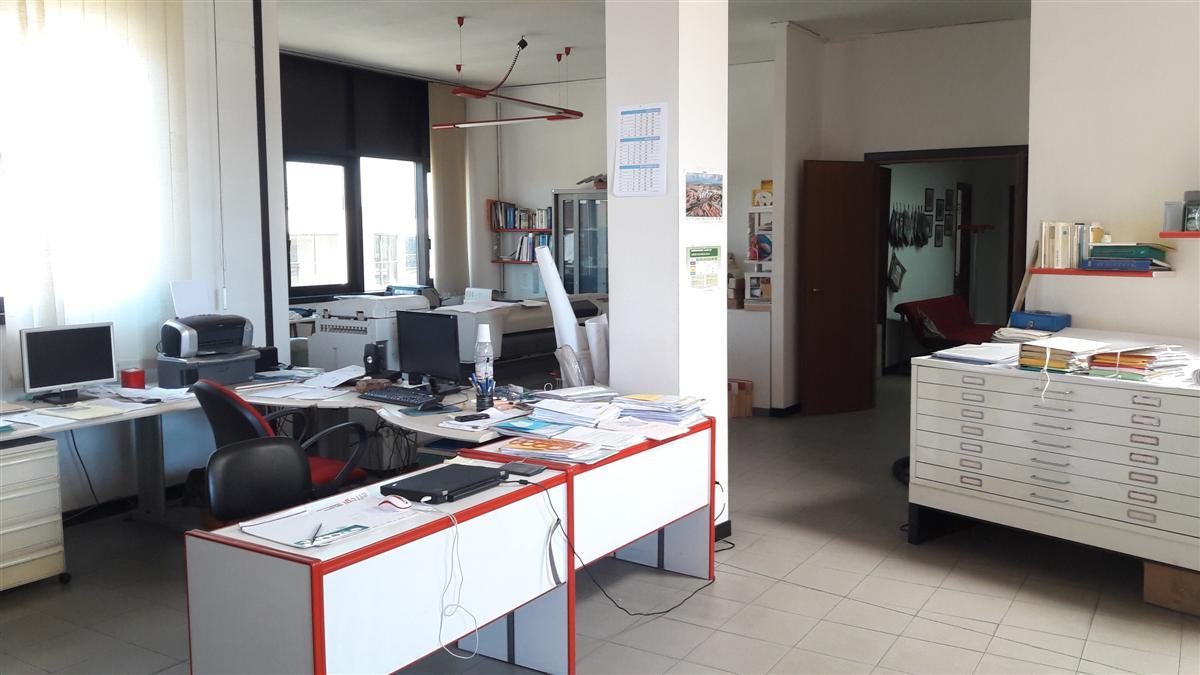 Ufficio / Studio in vendita a San Giuliano Terme, 9999 locali, prezzo € 115.000   CambioCasa.it