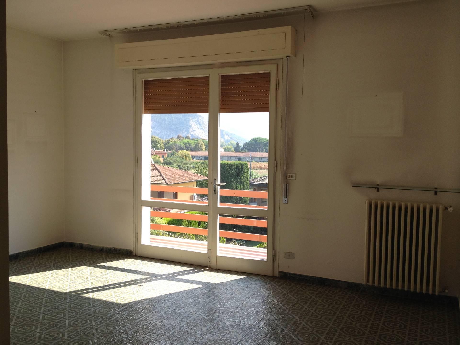 Appartamento in affitto a San Giuliano Terme, 4 locali, prezzo € 580 | CambioCasa.it