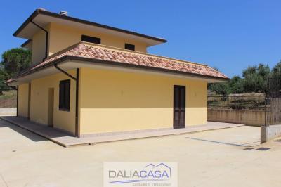 Villa in Affitto/Vendita a Itri