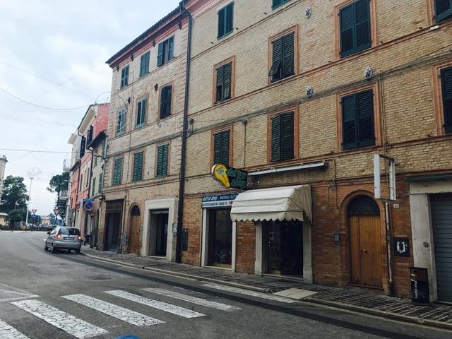 Negozio / Locale in vendita a Chiaravalle, 1 locali, prezzo € 65.000 | Cambio Casa.it