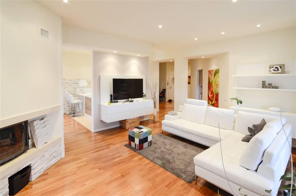 Appartamento in vendita a Chiaravalle, 7 locali, prezzo € 167.000   Cambio Casa.it