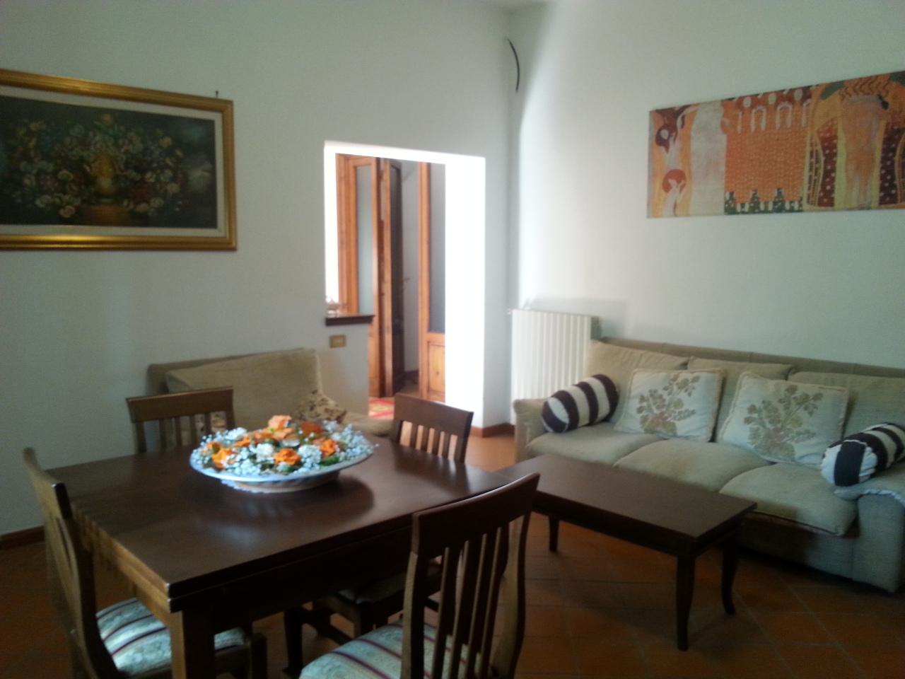 Villa in vendita a Vicopisano, 9 locali, prezzo € 430.000 | Cambio Casa.it