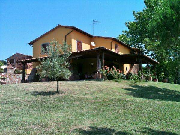 Rustico / Casale in vendita a Palaia, 10 locali, Trattative riservate | Cambio Casa.it