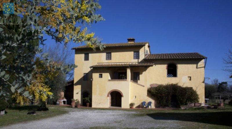 Rustico / Casale in vendita a Calcinaia, 16 locali, Trattative riservate | Cambio Casa.it
