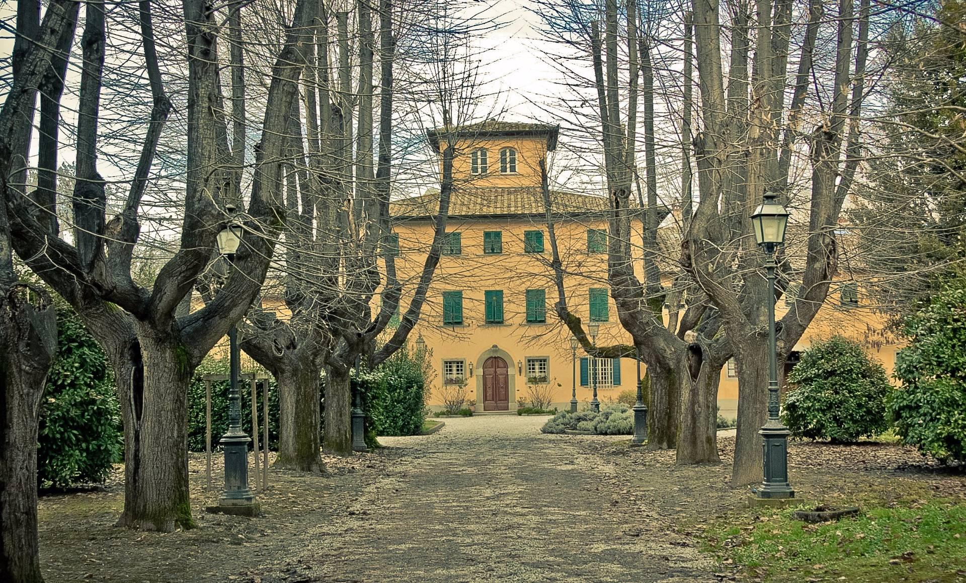 Villa in vendita a Santa Croce sull'Arno, 11 locali, Trattative riservate | CambioCasa.it