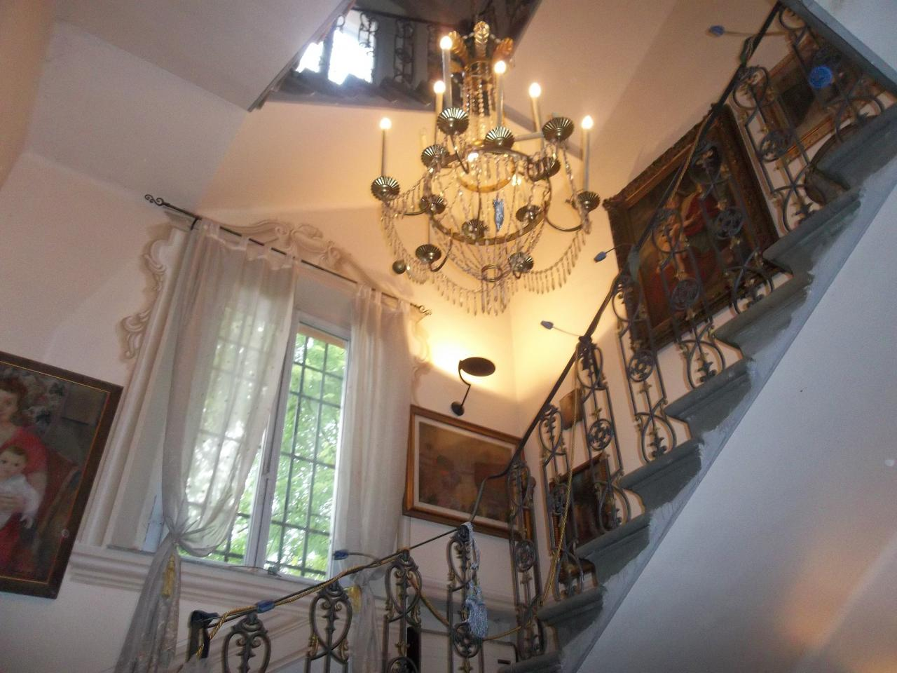 Soluzione Indipendente in vendita a Ponsacco, 11 locali, prezzo € 310.000 | Cambio Casa.it