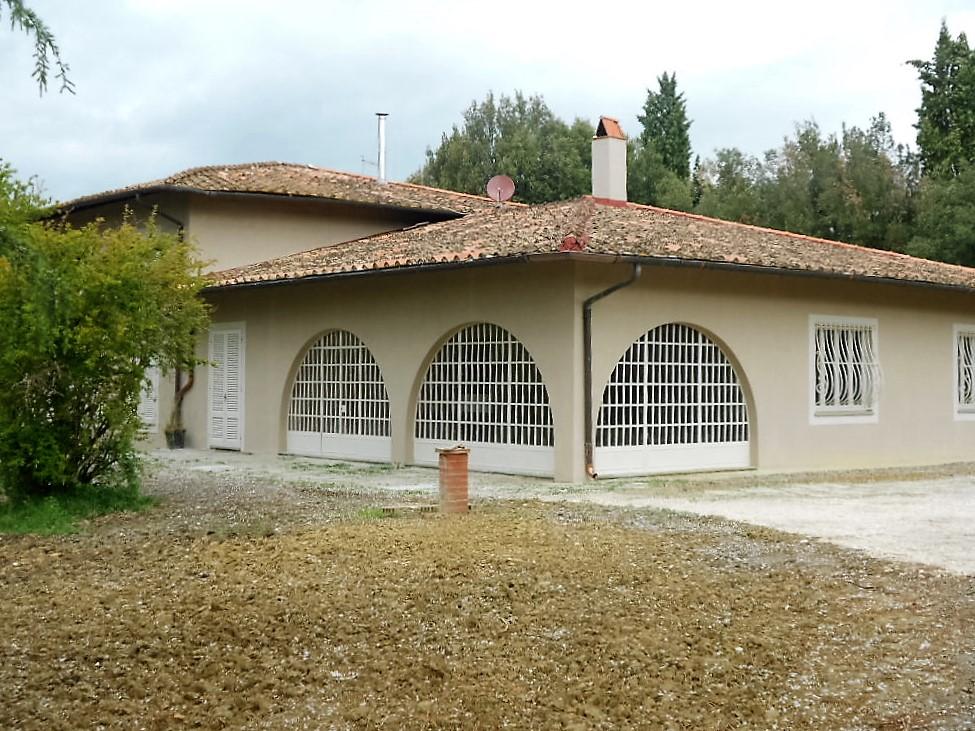 Villa in affitto a Fauglia, 10 locali, Trattative riservate | Cambio Casa.it
