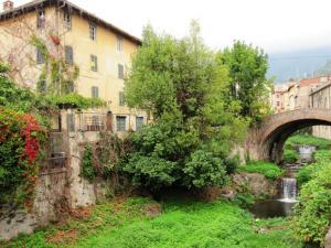 Palazzo / Stabile in vendita a Calci, 16 locali, zona Località: CastelMaggiore, prezzo € 450.000   Cambio Casa.it