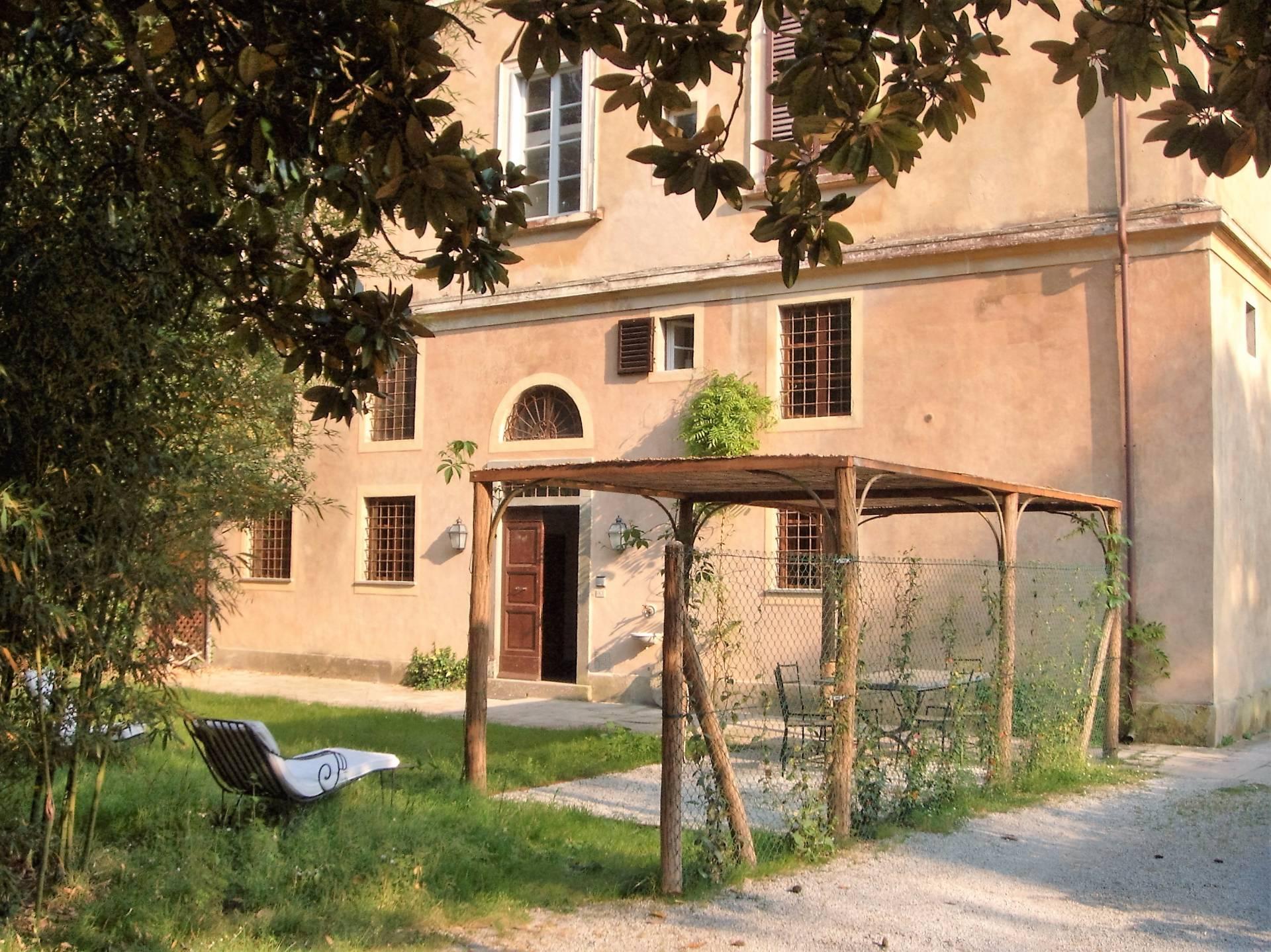 Appartamento in affitto a Vecchiano, 8 locali, prezzo € 1.500 | CambioCasa.it