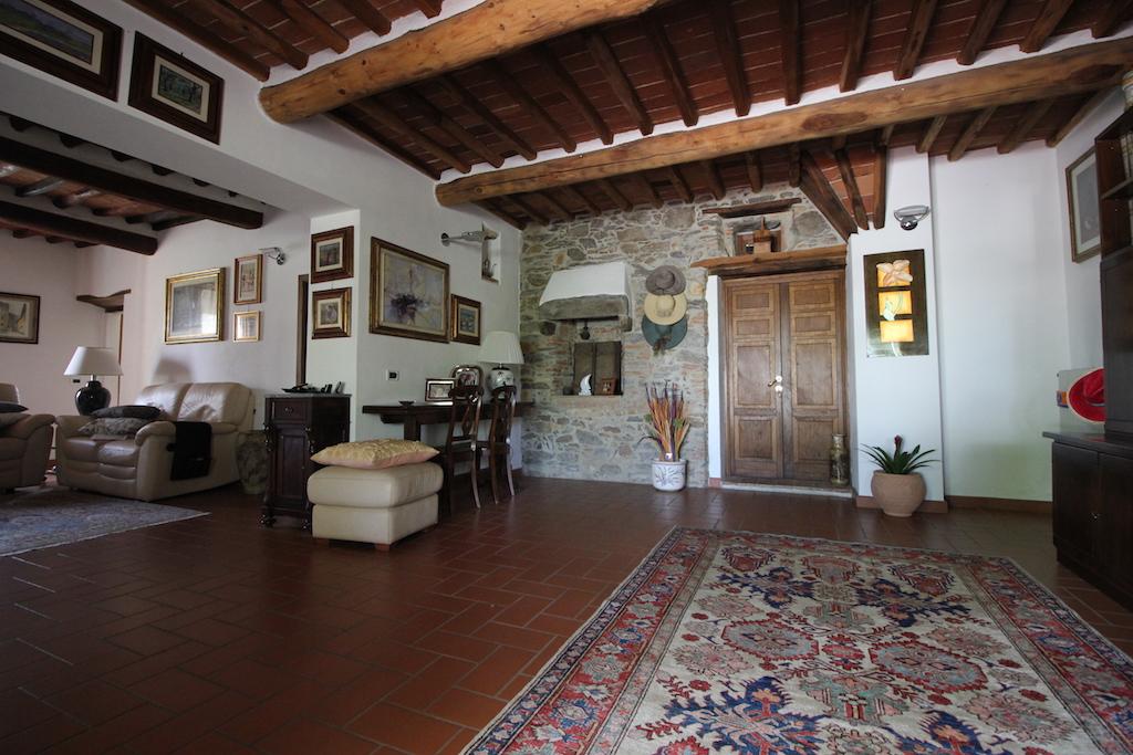 Rustico / Casale in vendita a Vicopisano, 8 locali, prezzo € 290.000 | Cambio Casa.it