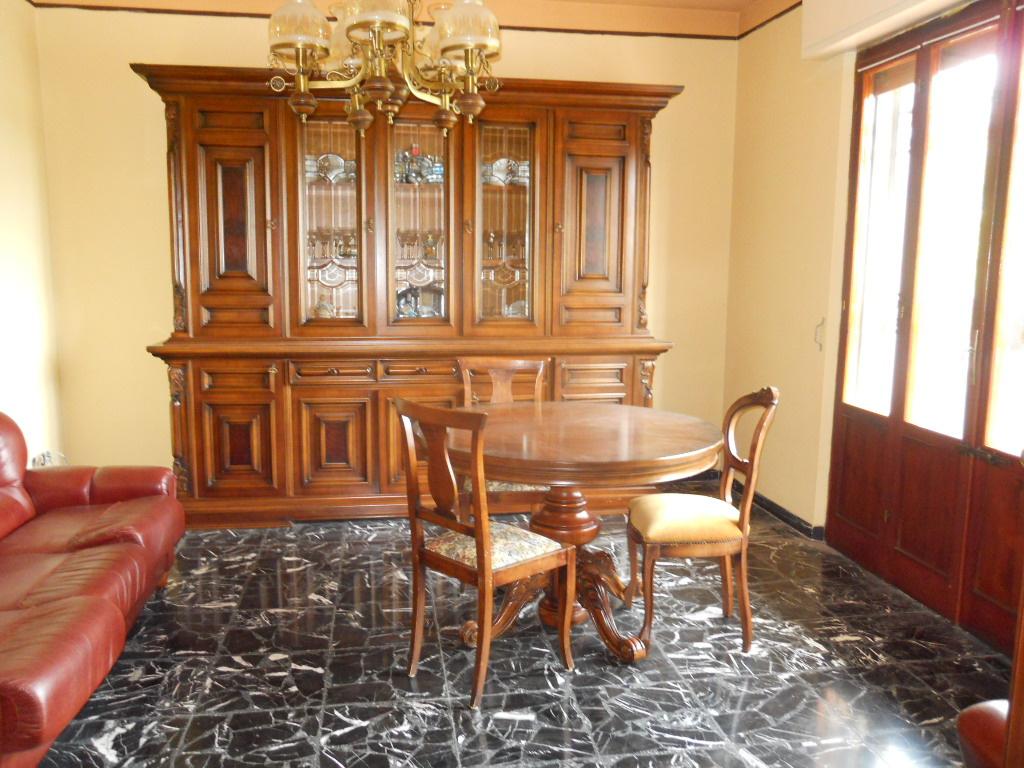 Villa in affitto a San Giuliano Terme, 8 locali, zona Località: MadonnadellAcqua, prezzo € 950 | Cambio Casa.it
