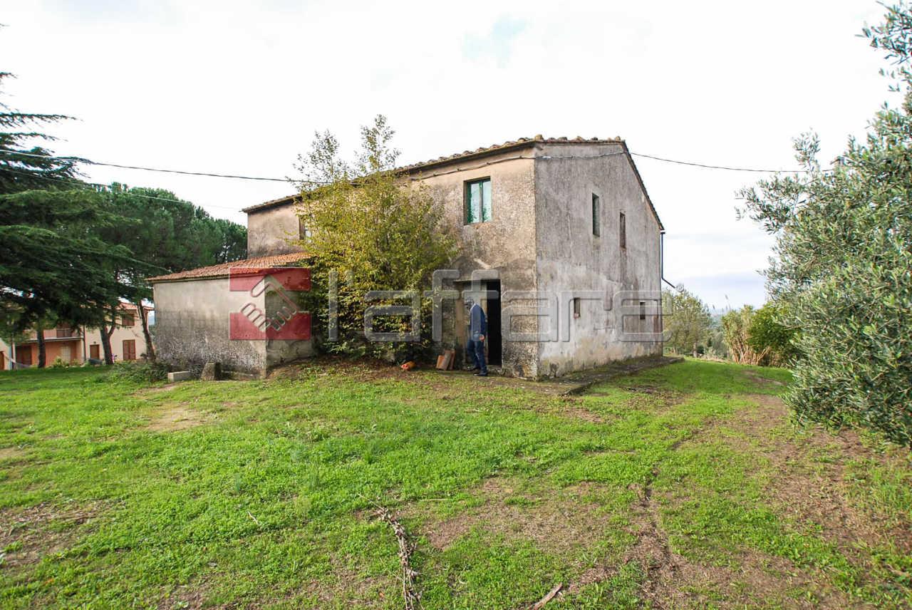 Rustico / Casale in vendita a Peccioli, 14 locali, prezzo € 455.000   CambioCasa.it
