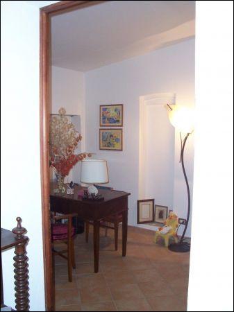 Rustico / Casale in vendita a Fauglia, 5 locali, prezzo € 295.000 | CambioCasa.it