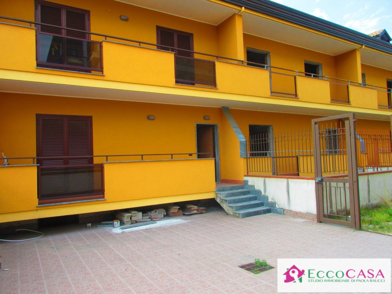 Villa in vendita a Maddaloni, 4 locali, prezzo € 205.000 | Cambio Casa.it