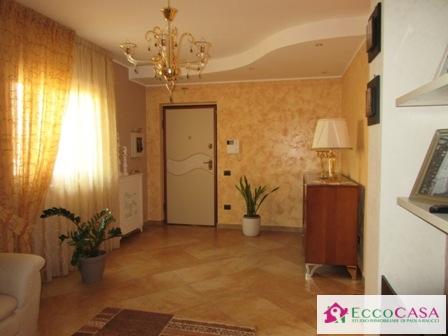 Appartamento in vendita a Maddaloni, 4 locali, prezzo € 235.000 | Cambio Casa.it