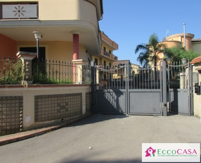 Appartamento in affitto a Valle di Maddaloni, 3 locali, prezzo € 360 | Cambio Casa.it