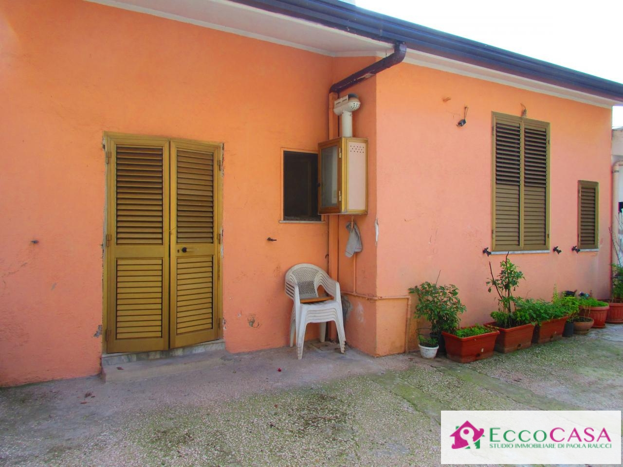Appartamento in affitto a Maddaloni, 1 locali, prezzo € 200   CambioCasa.it