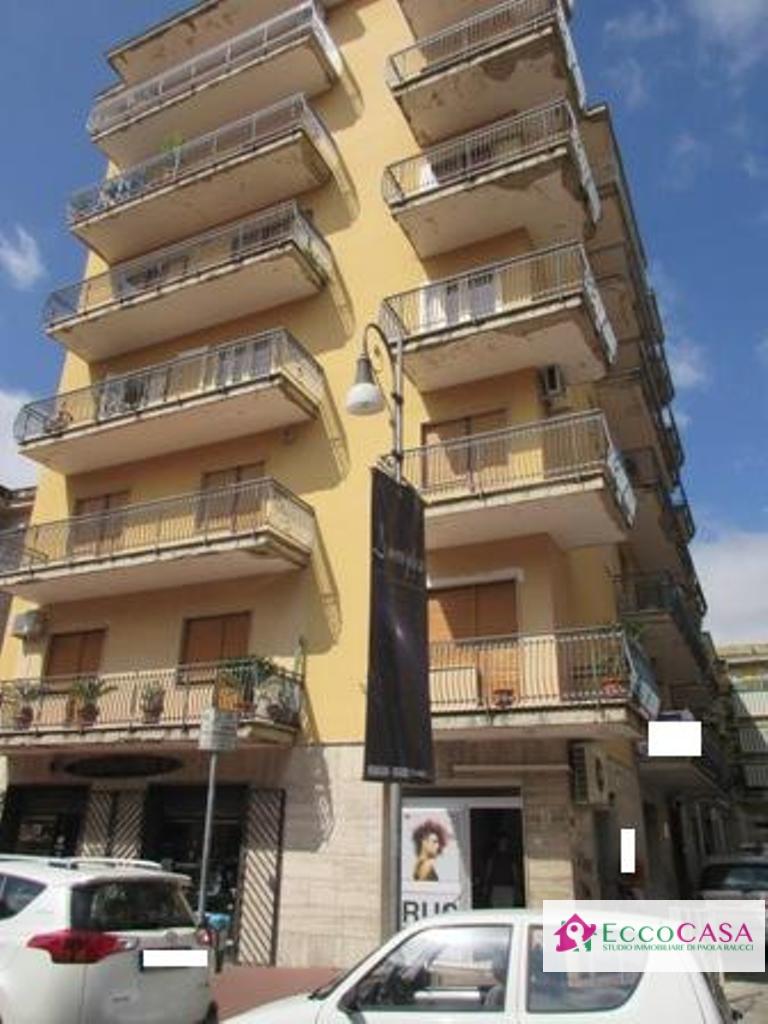 Bilocale Maddaloni Via Roma 4
