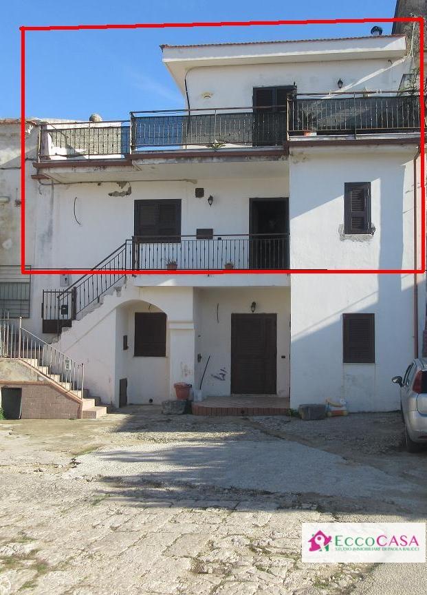 Appartamento in vendita a Maddaloni, 3 locali, prezzo € 85.000 | CambioCasa.it